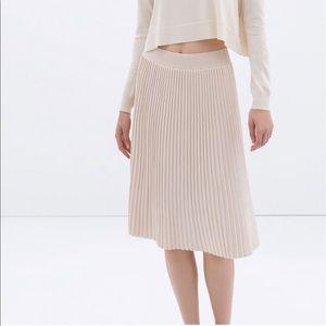 ZARA Pleated Knit Midi Skirt